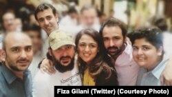 Ali Haider Gilani bersama saudara-saudaranya di Lahore, Pakistan (11/5).