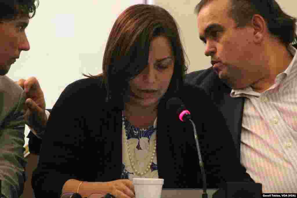 Marianela Balbi, directora ejecutiva del Institudo de Prensa y Sociedad de Venezuela, durante sesión sobre la libertad de expresión en Venezuela, en la serie de aundiencias desarrolladas por la CIDH.