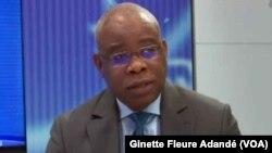 Le ministre du cadre de vie, Didier Tonato, à Cotonou, le 29 août 2017. (VOA/Ginette Fleure Adandé)