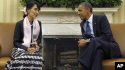 El presidente Barack Obama recibió en privado a Suu Kyi en la Casa Blanca.