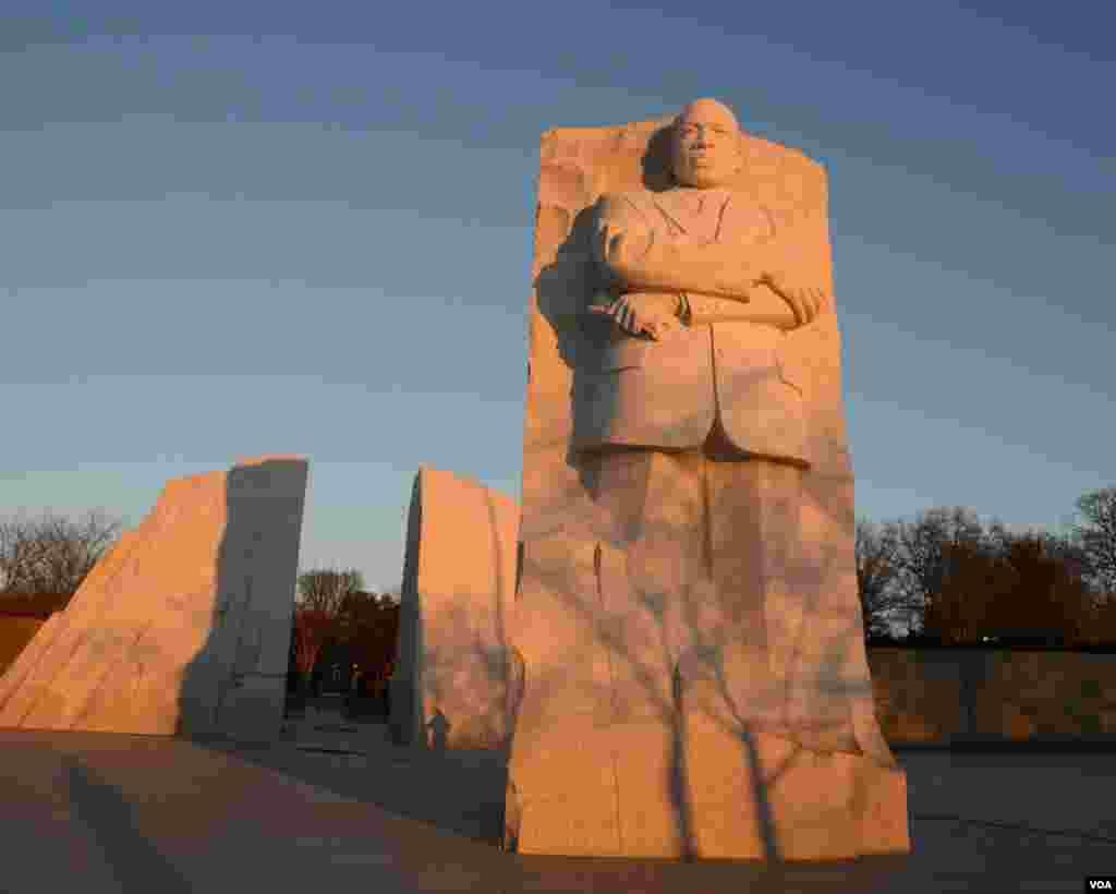 Мемориал Мартина Лютера Кинга. Солнце взошло