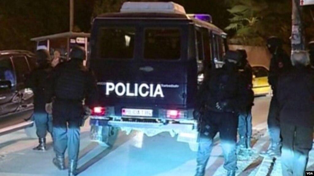 """Goditet grupi kriminal """"Bajri"""", 11 të arrestuar"""