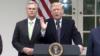 ترامپ بعد از دیدار با رهبران کنگره: بودجه دیوار مرزی تامین نشود، تعطیلی دولت ادامه مییابد