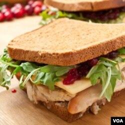 Sandwich seperti ini tampaknya sehat, tapi bukan berarti kadar garamnya rendah.
