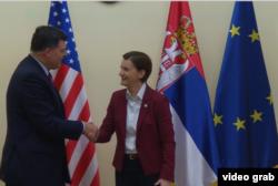 Predsednica Vlade Srbije Ana Brnabić i pomoćnik direktora USAID za Evropu i Evroaziju Brok Birman tokom sastanka u Vladi Srbije u Beogradu, 13, maja 2019.