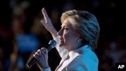 Ứng cử viên Dân chủ Hillary Clinton trong cuộc tranh luận tổng thống cuối cùng hôm 20/10.