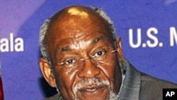 US Assistant Secretary of State of African Affairs Johnnie Carson (file photo)