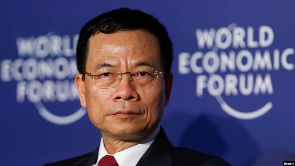 """""""Cái chết"""" của Lotus có thể xem là cái chết non của những phát biểu từ bộ trưởng Nguyễn Mạnh Hùng."""