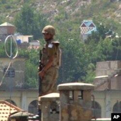 سوات میں امن و امان برقرار رکھنے کے لیے فوجیوں کی ایک بڑی تعداد اب بھی تعینات ہے۔