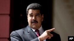 """El presidente de Venezuela, Nicolás Maduro, señaló que está en marcha un """"plan macabro"""" contra su gobierno."""