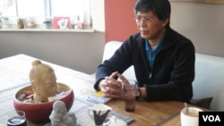 Kao Savuth was the son of a Lon Nol police officer who was forced abroad by war and found his way, among a small group of other Cambodians, to Austria. Photo by Theara Khoun, VOA Khmer.