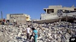 Deo sirijskog grada Azaza uništen u vazdušnim napadima sirijskih snaga na pobunjenička uporišta