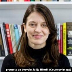 Julija Himrih, doktorka na Londonskoj školi ekonomije