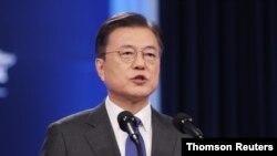 문재인 한국 대통령이 10일 청와대에서 취임 4주년 연설을 했다.