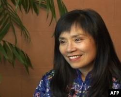 华裔女作家闵安琪