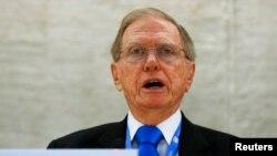 마이클 커비 유엔 북한인권조사위원장이 지난 17일 스위스 제네바에서 열린 제24차 유엔 인권이사회에서 그 동안의 조사 결과를 보고하고 있다.