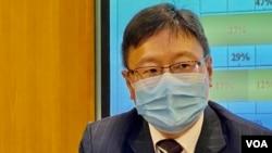 香港浸會大學政治及國際關係學系副教授陳家洛表示,民調結果反映人大修改香港選舉制度的決定不得人心,甚至民主之路已經斷了。(美國之音 湯惠芸)