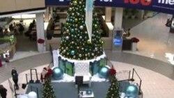 U SAD, Djeda Mrazovi dolaze u raznim bojama