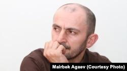"""Главный редактор еженедельника """"Черновик"""" Маирбек Агаев"""