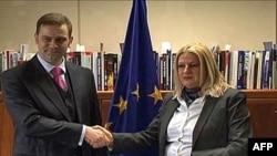Šefovi pregovaračkih timova Beograda i Prištine, Borko Stefanović i Edita Tahiri