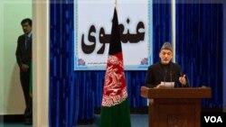Hamid Karzai inauguró la Loya Jirga en Kabul bajo estrictas medidas de seguridad.