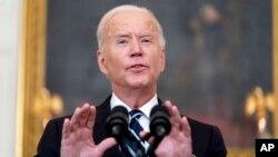 ប្រធានាធិបតីសហរដ្ឋអាមេរិកលោក Joe Biden ថ្លែងសុន្ទរកថាមួយនៅឯសេតវិមាន កាលពីថ្ងៃទី៩ ខែកញ្ញា ឆ្នាំ២០២១។