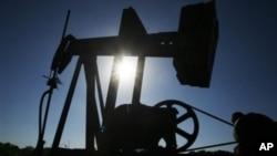 La demanda de crudo de la OPEP será el año entrante de alrededor de un millón de barriles menos al día.