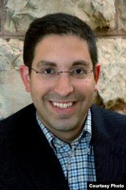 Gil Hoffman