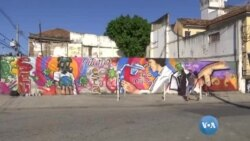 Graffiti saúda trabalhadores na linha de frente
