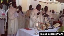 Missa de corpo presente de Dom Luís María Pérez de Onraita, Malanje, Angola
