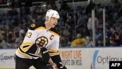 Защитник клуба НХЛ Boston Bruins Здено Хара