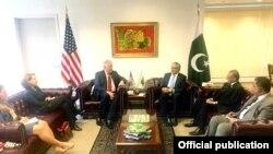 اسحٰق ڈار کی قائم مقام معاون امریکی وزیر خارجہ ٹام شنون سے ملاقات