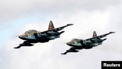 Самолеты Су-25 (архивное фото)