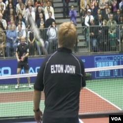 Legende tenisa i Elton John u humanitarnoj akciji