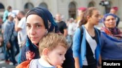 移民离开匈牙利布达佩斯的主要火车站。 (2015年9月1日)