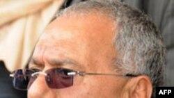 Əli Abdulla Saleh müxalifətin ölkəni dərhal tərk etməsi tələbini rədd edib (Yenilənib)
