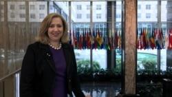 Embajadora Susan Coppedge dialoga sobre tráfico humano
