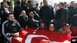 Ισχυρή αντεπίθεση των τουρκικών δυνάμεων κατά κούρδων ανταρτών