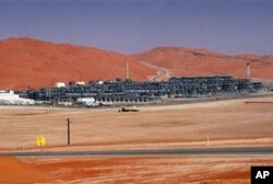 FILE - Industrial plant strips natural gas from crude oil at Saudi Aramco's Shaybah oil field, Shaybah, Saudi Arabia (file photo).