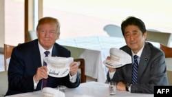 Le président américain Doanld Trump et le Premier ministre japonais Shinzo Abe