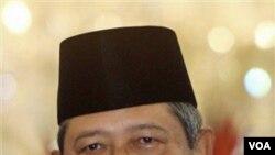Presiden Susilo Bambang Yudhoyono (foto: dok) mengeritik media massa yang mendasarkan pemberitaannya pada pesan pendek SMS dan BlackBerry Messenger.