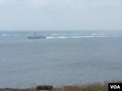 台湾2017年汉光军演海上舰艇赶赴战区的场面 (美国之音记者申华 拍摄)