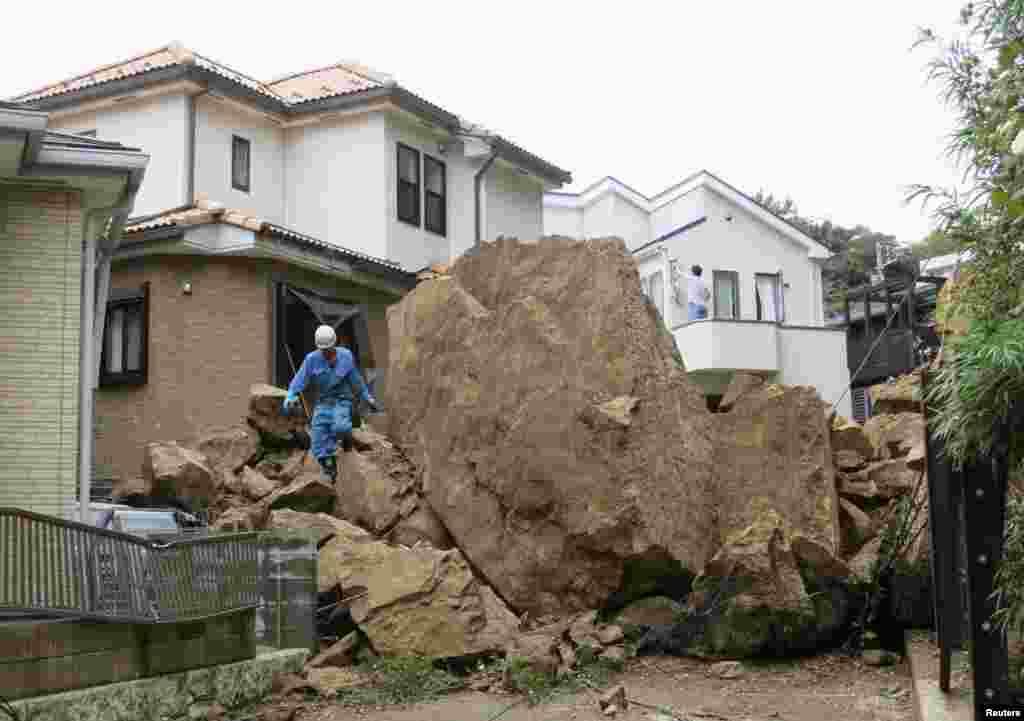 Vipa qasırğası yer sürüşməsinə səbəb olub - Kamakura, 16 oktyabr, 2013