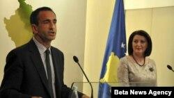Predsednica Kosova Atifete Jahjaga sastala se danas u Prištini sa pomoćnikom državnog sekretara SAD Filipom Gordonom.