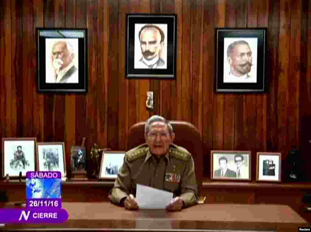 Prezidan peyi Kiba a Raul Castro anonse lanmò frè li, lidè revolisyonè Fidel Castro, nan yon foto ki parèt sou televizyon gouvènman an nan La Avàn, Kiba, 26 Novanm 2016.
