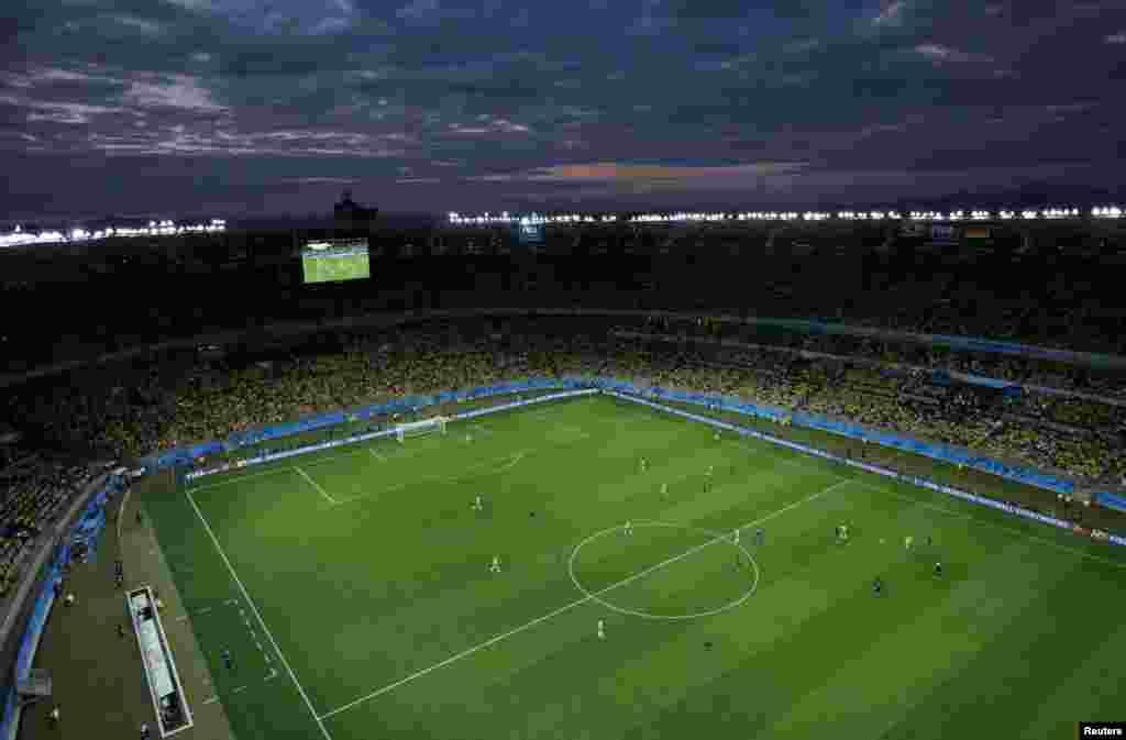 برازیل فٹبال ورلڈکپ کے پہلے سیمی فائنل میں برازیل اور جرمنی مدّمقابل ہوئے