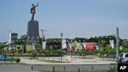 Praça da Independência acolhe manifestação em Luanda