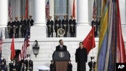 Американците сакаат зајакнување на врските со Кина