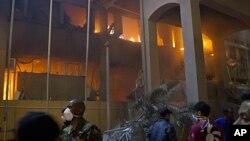 图为利比亚首都的黎波里5月17日被空袭后的情景