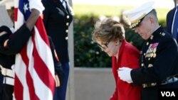 La principal celebración tuvo lugar en la Biblioteca Presidencial Reagan, en California, de la cual participó la viuda del ex mandatario, Nancy Reagan.